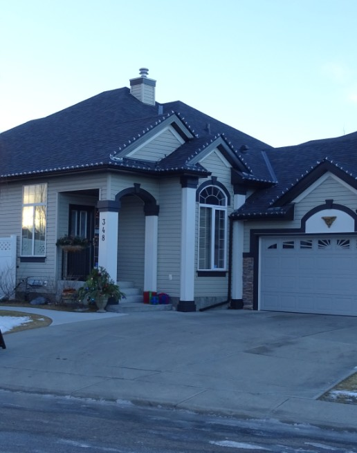 High River home with re-roofed asphalt roof