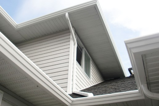 Soffit repair and replacement on calgary home